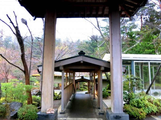 河口湖の温泉旅館鐘山苑5|原田陽平旅行記