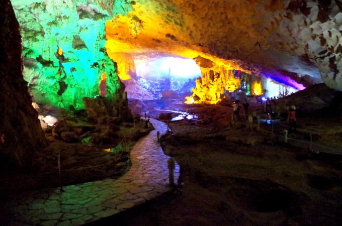 ハロン湾の洞窟8|原田陽平旅行記