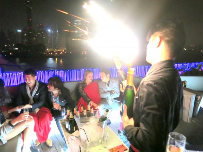 上海最先端クラブBarRouge12|原田陽平旅行記